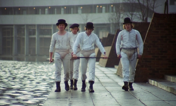 comparison of a clockwork orange and How does the film adaptation of a clockwork orange differ from the novel.