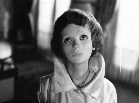 The Return of the French: Eyes Without A Face (1960) (2/5)
