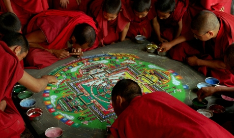 Sand-mandala-still-from-SAMSARA
