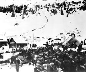 chaplin-gold-rush-1925-granger