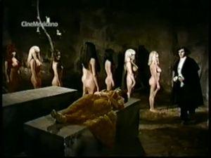 Dracula, Prince of Nudies