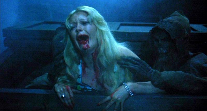 la noche de las gaviotas The-ghost-galleon-1974-bloody-mouth